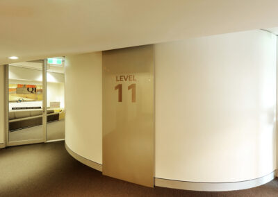 02-amp-lobby02