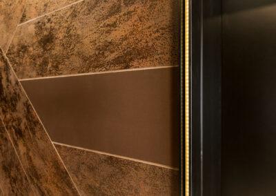 02-aurora-lift-lobby02