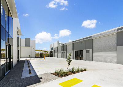 10-North Lakes Industrial Estate
