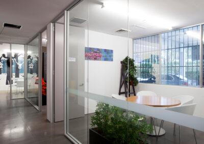 08-GeneralPants-Office01