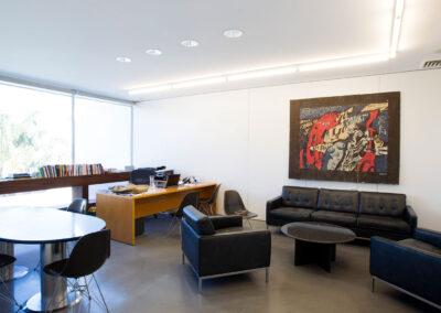 09-GeneralPants-Office02