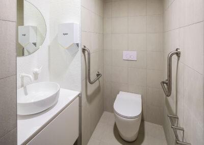 11-Koala-Ambulant Accessible Bathroom