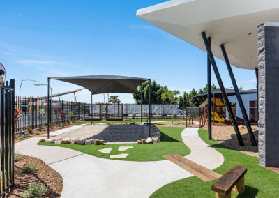 16-Greenleaves-Outdoor Play Area with Sandpit 02